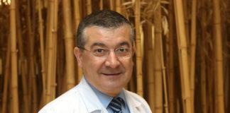Rafael López é xefe do Servizo de Oncoloxía Médica do Complexo Hospitalario Universitario de Santiago de Compostela.