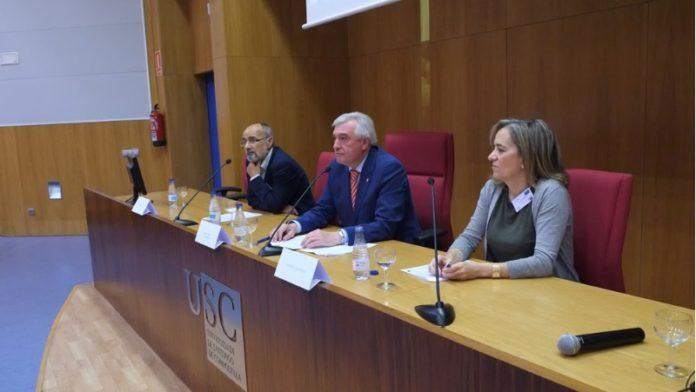Investigadores de Trans-Int, na reunión que comezou este luns en Santiago. Foto: USC.