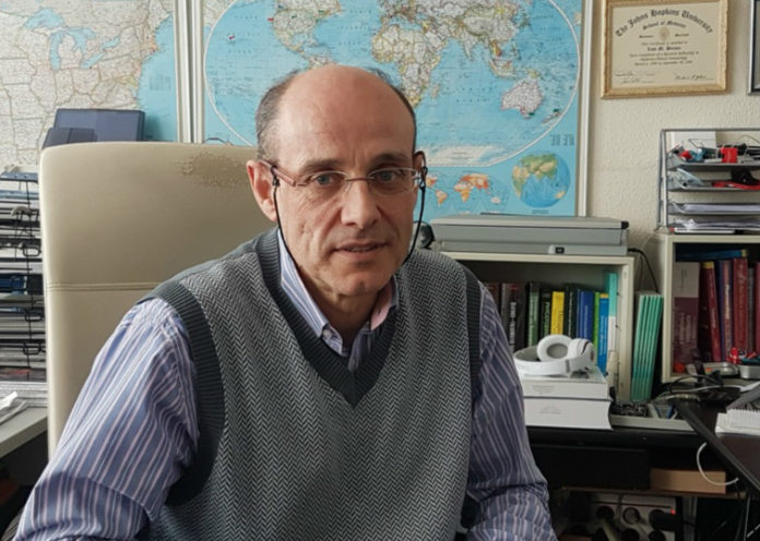 Luís M. Botana, catedrático da área de Farmacoloxía da USC. Foto: USC.