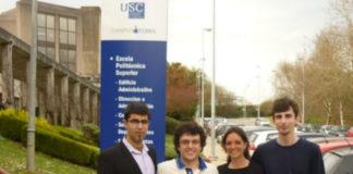 Joaquín Abadín, Iván Adrio, Patricia Fernández e Raico Álvarez, na Escola Politécnica Superior de Lugo. Foto: USC.
