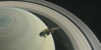 Recreación da NASA sobre o Gran Final de Cassini.