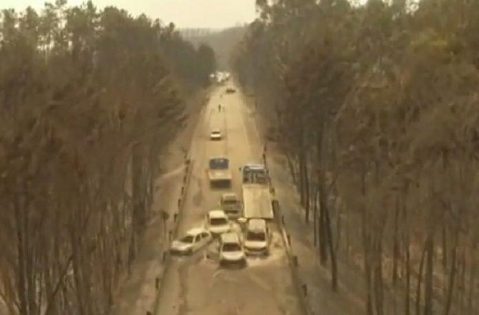Imaxe captada por un dron na estrada N236-1, onde faleceron gran parte das vítimas do incendio de Pedrógrao: Vídeo: SIC Notícias.