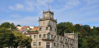 O edificio Faraday acolleu durante anos a Escuela de Transmisiones y Electricidad de la Armada (ETEA). Foto: Duvi.