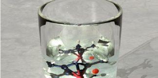 Con este novo método, a reacción química desexada só se produciría en presenza dun composto de rutenio (Imaxe: Eugenio Vázquez / CiQUS).