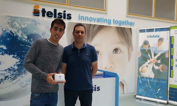 Víctor Manuel Segura e o director de I+D de Itelsis, Miguel Ángel Conde. Foto: Duvi.