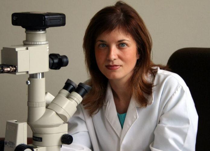 A profesora Inmaculada Tomás, coordinadora do grupo de investigación Oral Sciences. Foto: USC.
