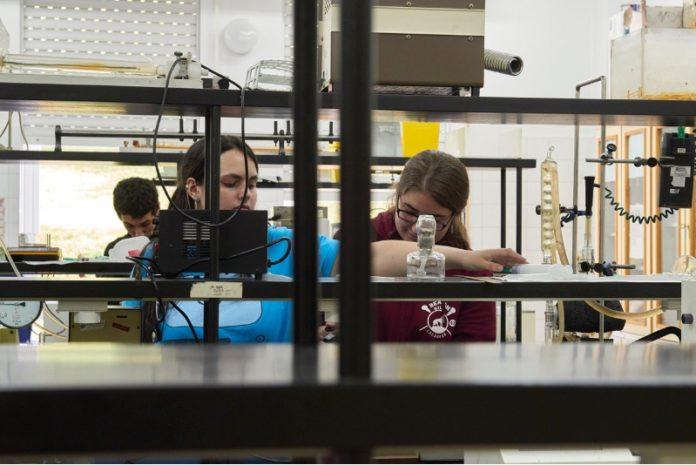 Aula de Física da USC. Foto: USC.