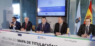 Os tres reitores, xunto ao conselleiro e o secretario xeral de Universidades. Foto: Xunta de Galicia.