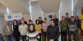 Os profesores Dolores Vázquez, da área de Ecoloxía, e Emilio Díaz Varela, do departamento de Enxeñaría Agroforestal, puxeron voz ao manifesto. Foto: USC.