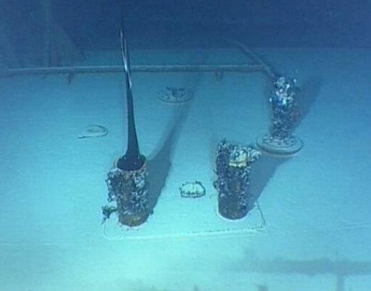 """Imaxe dunha das primeiras expedicións do """"Nautile"""", que atopou 14 fugas das que saían 125 toneladas diarias. Fonte: CSIC."""