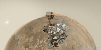 Créditos da imaxe: NASA, JPL-Caltech, MSSS – Panorámica: Andrew Bodrov