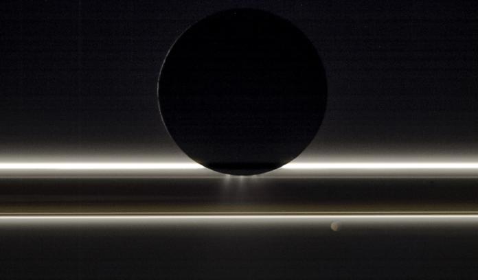 Créditos da imaxe: Cassini Imaging Team, SSI, JPL, ESA, NASA