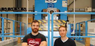 Os xemelgos Ferradás Troitiño, nas instalacións do CERN. Foto: R. Pan.
