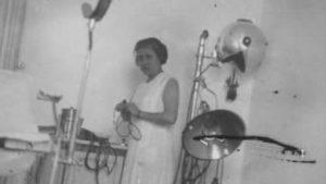 Olimpia Valencia na súa consulta. Foto: Consello da Cultura Galega.