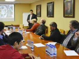Reunión de traballo entre os representantes universitarios e os empresarios. Foto: Duvi.