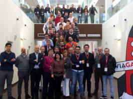 Representantes dos 16 proxectos da fase de aceleración de ViaGalicia 2018, xunto aos seus tutores.