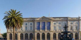 Edificio principal da Universidade do Porto. Imaxe: Facebook.