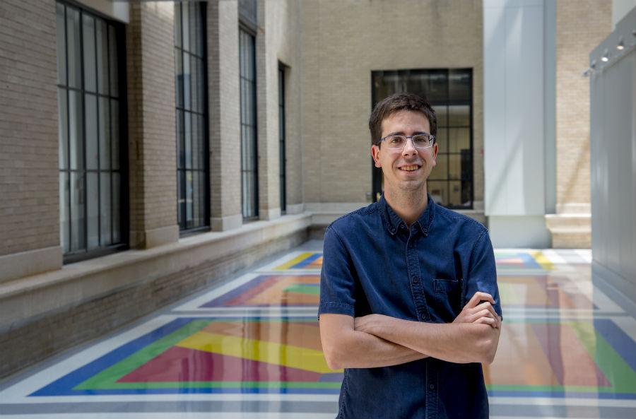 Diego López Barreiro, nun dos edificios do MIT.