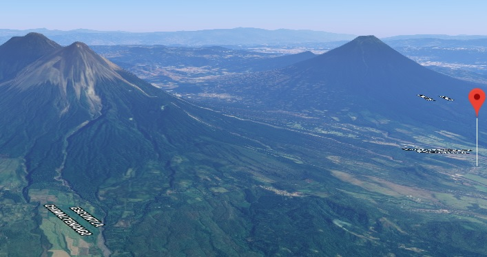 Dende as alturas, obsérvase na imaxe o volcán que erupcionou en Guatemala por segunda vez no presente ano