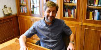 O Instituto de Lingua Galega da USC ten novo director: Xosé Luís Regueira.