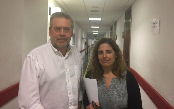 Antonio Gomez Caamaño e Ana Vega, científicos do IDIS que participaron no estudo sobre o cancro de próstata. Foto: Sergas.