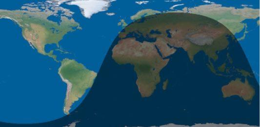 Imaxe da luz solar do día de onte ás 22.07 horas, onde se observa que o solpor chega antes á costa sureste de Brasil que á Costa da Morte.