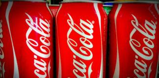 Coca-Cola financiou a 74 entidades médicas e científicas en España, segundo o estudo.