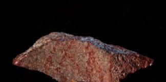 Pedra na que se atopou o debuxo. Fonte: Craig Foster.
