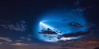 O abraiante brillo do Falcon 9. Imaxe: Jesse Watson.