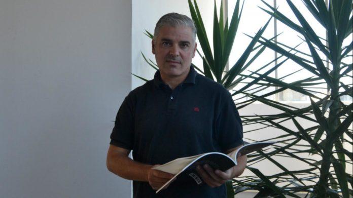Carlos Lago, coautor de