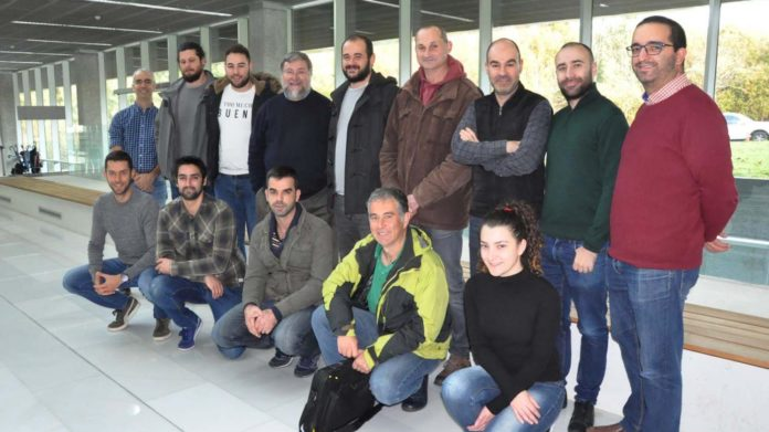 Persoal investigador e representantes das empresas implicados en Infor-mar. Foto: Duvi.