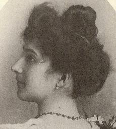 Foto de Jeanne Calment aos 20 anos, en 1895.
