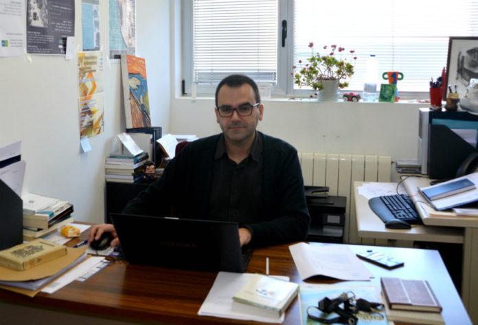 Juan R. Coca dirixe a Unidade de Investigación Social en Saúde e Enfermidades Raras na Universidad de Valladolid.