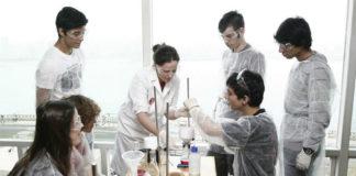 Sesión do Laboratorio Aberto, unha das actividades escolares dos Museos Científicos Coruñeses. Foto: MC2.