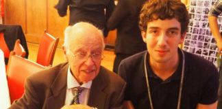 Fernando Castro, xunto a Michael Atiyah, ao que coñeceu o ano pasado. Fonte: USC.