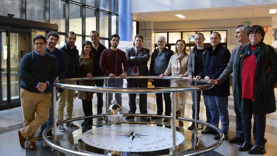 Representantes das entidades implicadas no proxecto. Foto: Duvi.