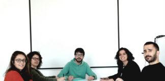 Alejandra Perina, Neus Marí-Mena, Antón Vizcaíno, Rocío Esteban e Jorge Doña preparando o programa dos cursos de AllGenetics.