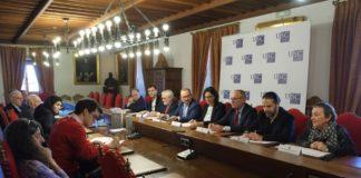 O acto de presentación dos tres novos volumes de Clásicos celebrouse no Salón Reitoral do Colexio de San Xerome. Foto: Servimav-USC.