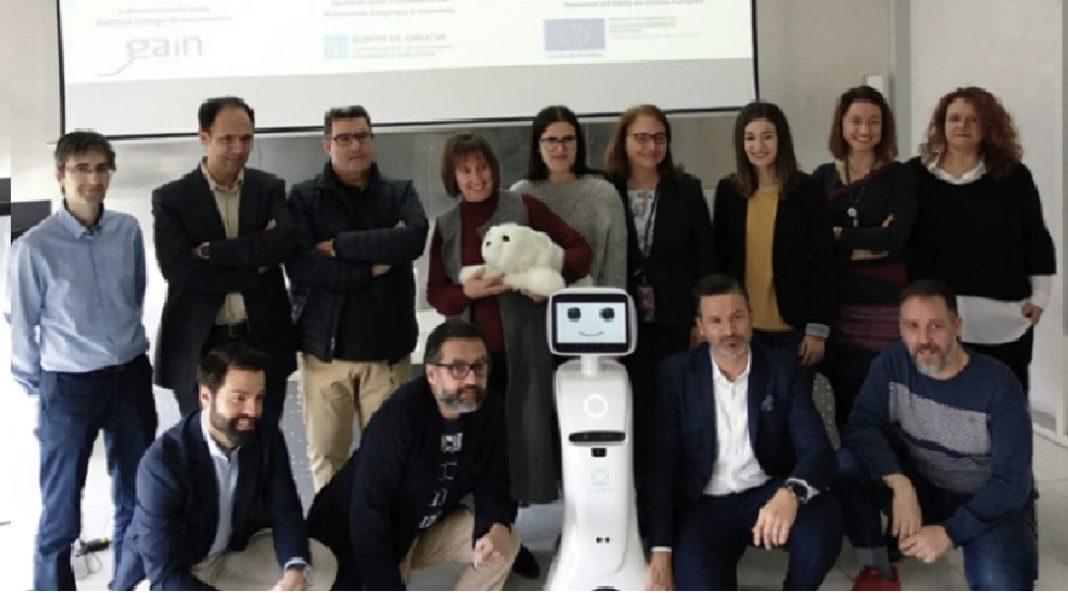 Presentación do robot de atención aos maiores. Foto: Gradiant.