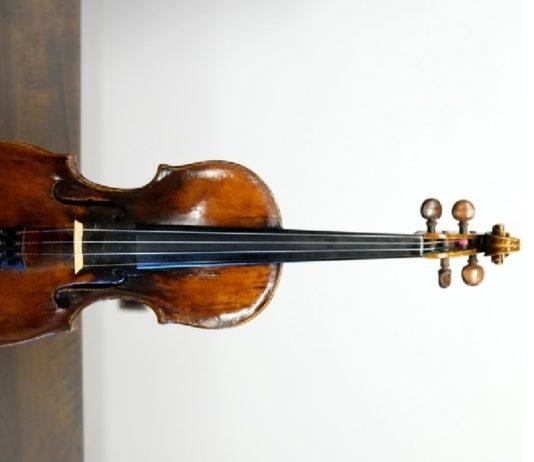 Detalle do violín. Foto: Servimav-USC.
