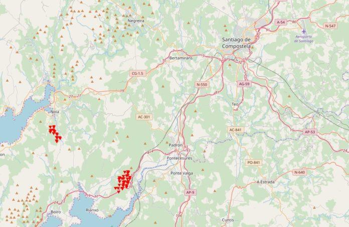 Focos de lume detectados polo sistema europeo EFFIS en Dodro, Lousame e Noia. Fonte: EFFIS.