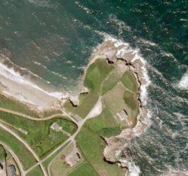Vista aérea do castro de Fazouro, en Foz. Fonte: PNOA/IGN.