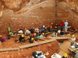 Escavacións na Gran Dolina de Atapuerca. Foto: Mario Modesto Mata. CC BY-SA 3.0
