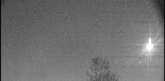 Imaxe do posible meteorito tomada pola cámara do Observatorio Ramón María Aller de Santiago. Fonte: USC.