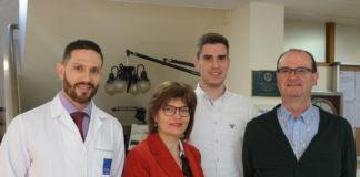 Os autores da investigación sobre o cancro oral, de esquerda a dereita: Mario Pérez-Sayáns, Mercedes Gallas Torreira, Samuel Rodríguez Zorrilla e Abel García García.
