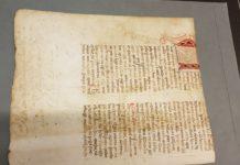 Fragmento do Livro da Montaria roubado en 1995 e recuperado pola Policía Nacional en 2014. Fonte: Ministerio de Cultura.