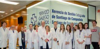 Equipo investigador do Servizo de Farmacia, coa dirección da Xerencia de Xestión Integrada de Santiago de Compostela xunto a investigadores dos Servizos de Oftalmoloxía, Medicina Nuclear e USC.