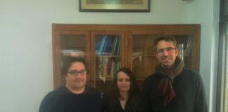 Rafael Carballeira, botánico e colaborador no estudo Light4Heritage, Patricia Sanmartín, investigadora prinicipal, e Justo Arines, óptico e colaborador. Fotografía: Antonio Méndez.