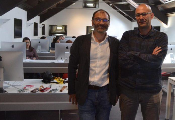 Manuel Isorna e Carlos Souto, no obradoiro sobre os mitos do cannabis. Fonte: Duvi.