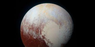Diversos estudos suxiren a presenza de auga líquida en Plutón.